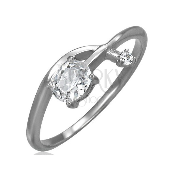 Inel de logodnă - o săgeată încâlcită cu zirconiu