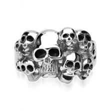 Inel din oțel 316L de culoare argintie - zece cranii cu smalț de culoare neagră