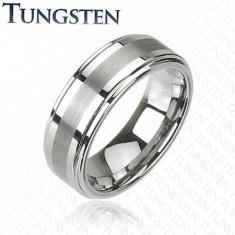 Inel din tungsten de nuanță gri închis lucios, cu tăietură pe mijloc, 8 mm