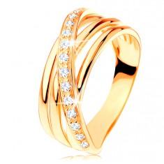 Inel din aur galben de 14K - trei linii netede, linie din zirconiu pe diagonală