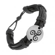 Brăţară realizată din piele neagră, sintetică şi şnururi, cerc cu model tribal negru în spirală