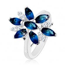 Inel strălucitor de culoare argintie, floare albastră-transparentă din zirconii, brațe lucioase