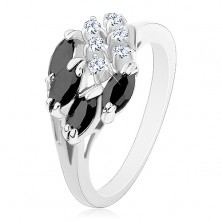 Inel lucios de culoare argintie, boabe negre, zirconii rotunde, transparente