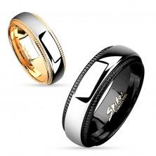 Inel tip bandă realizat din oțel 316L, dungă de culoare argintie, margini negre cu striații, 8 mm