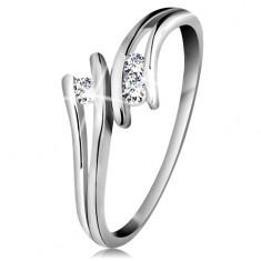 Inel din aur alb 585, trei diamante strălucitoare transparente, brațe despicate