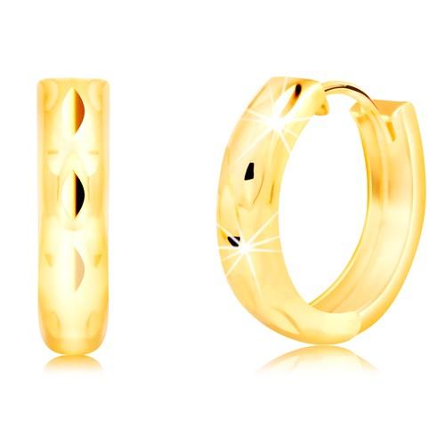 Bijuterii eshop - Cercei rotunzi din aur galben de 14 K cu crestături verticale GG218.13