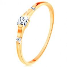 Inel din aur 375 - trei zirconii pătrate transparente, brațe netede și lucioase
