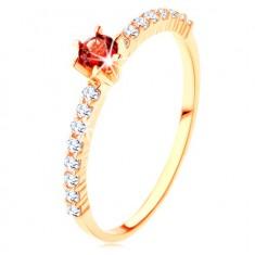 Inel din aur 375 - linii de zirconii transparente, garnet rosu rotund proeminent