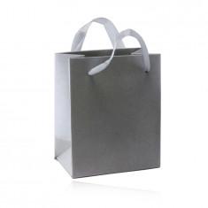 Pungă cadou din hârtie - culoare argintie, suprafață netedă din satin