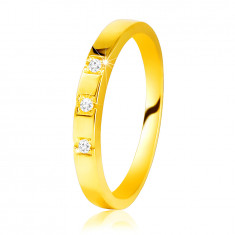 Inel din aur galben 585 - umeri strălucitori, trei diamante strălucitoare